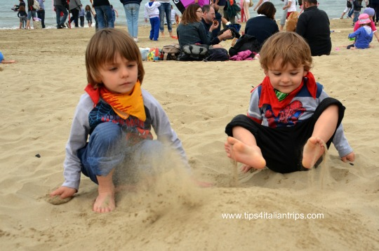 Playing with the sand...