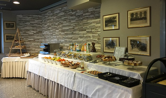 Breakfast buffet at Hotel Rudy
