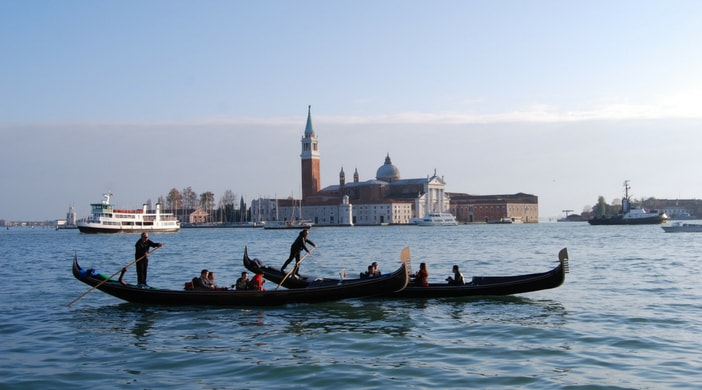 5 reasons to visit italy
