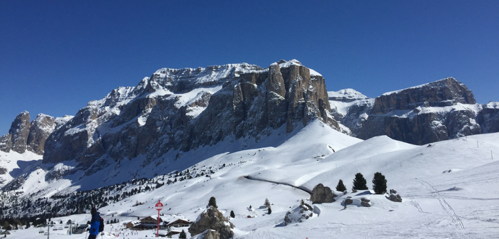 Skiing in Italy, the Sella Ronda ski tour